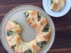 Spinach and Artichoke Wreath(Pampered Chef Copycat)