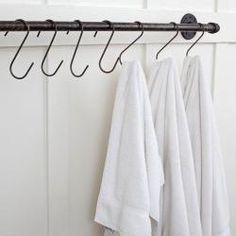 Plumbing Pipe Towel Bar : Remodelista-mudroom