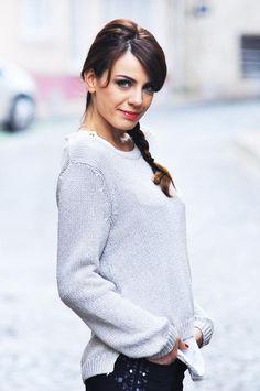 Başak Parlak Aishwarya Rai, Turtle Neck, Actresses, Female, Tv, Sweaters, Beautiful, Steampunk, Turkey