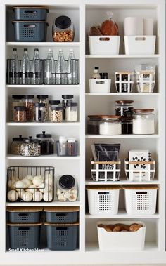 Reveal 28 Amazing Ideas for Small Kitchen Organizations … – # Amazing # Unveil … 28 amazing small kitchen organization ideas expose… – - Own Kitchen Pantry Kitchen Pantry Design, Kitchen Organization Pantry, Home Organisation, Home Decor Kitchen, Home Kitchens, Organized Pantry, Kitchen Ideas, Open Pantry, Kitchen Hacks