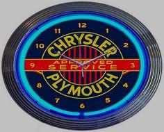 La marque automobile de voitures Américaine Chrysler-Plymouth fut fondée en 1928, cette firme exploita la construction automobile jusqu'en 1929.