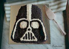 Reinos de Azúcar: TARTA DARTH VADER.  Darth Vader Cake