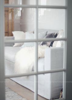 door to sitting room