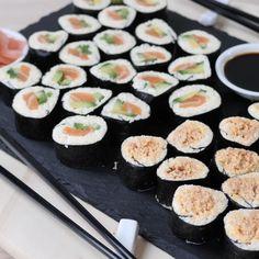 Quick Snacks, Keto Snacks, Spicy Tuna Sushi, Healthy Sushi Rolls, Homemade Sushi Rolls, Spicy Tuna Roll, Low Carb Sushi, Sushi Roll Recipes, Low Carb Recipes