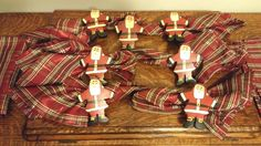 12-PC SANTA CLAUS WOODEN NAPKIN RING & RED PLAID CLOTH NAPKIN SET CHRISTMAS #Unknown