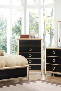 Comoda din gama Marlene vă ajută să organizați mai bine lucrurile din dormitorul vostru. #mobexpert #reduceri #wintersale #mobilierdormitor Dresser As Nightstand, Mai, Table, Furniture, Design, Home Decor, Decoration Home, Room Decor, Tables