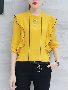 Band Collar Contrast Trim Flounce Long Sleeve T-Shirt trendy fashion style women's clothing. Affordable prices on new tops, dresses, outerwear and more. Formal Blouses, Blouse Dress, Dresses With Leggings, Latest Fashion Clothes, Trendy Fashion, Blouse Designs, Shirt Blouses, Blouses For Women, Shirt Style