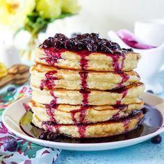 Lemon Ricotta Pancakes via @sugarandsoulco #pancakes #breakfast #lemon #ricotta