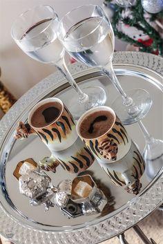 COFFEE PRESENTATION | Turkish coffee serving