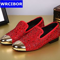 68.85$  Buy now - http://alij7i.worldwells.pw/go.php?t=32651162557 - Black,Red Crystal shoes fashion Rhinestone loafers men 2017 New Suede Genuine Leather Fashion Men's Flats Shoes Free shipping 68.85$
