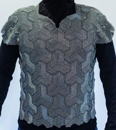 "Dragonscale shirt tailored using Chinese mountain armor pattern, stainless steel split rings, .192"" ID/.028"" wire and .264"" ID/.032"" wire, around 58,000 rings total."