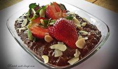 Budinca din seminte de chia cu cacao Raw Vegan, Vegan Vegetarian, Baby Dishes, Cooking Recipes, Healthy Recipes, Healthy Foods, I Foods, Feta, Acai Bowl