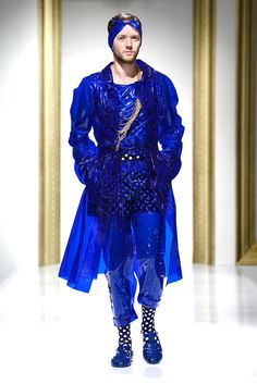 Gala UAD 2013, Designer: Ancuta Sarca, Collection: Ghetto Superstar Superstar, Catwalk, Dresses With Sleeves, Long Sleeve, Fashion Design, Collection, Full Sleeves, Gowns With Sleeves