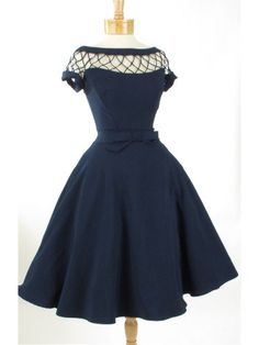Classy, subtly sexy style navy blue swing dress from the Bettie Page Clothing Tatyana line.A classic vintage look for cocktail parties, dinner dates and dances! Cute Prom Dresses, Pin Up Dresses, Blue Wedding Dresses, Grad Dresses, Pretty Dresses, Vintage Style Dresses, Vintage Outfits, 1950s Fashion, Vintage Fashion
