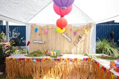 "Hawaiian Party Ideas ""Grace and Ruby'sTiki Hut"""