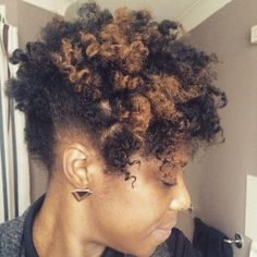 I'm super pleased with my curls this morning. Tried a mixture of flat twists and…