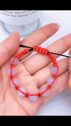 Homemade Bracelets, Diy Bracelets Easy, Beaded Bracelets, Diy Crafts Jewelry, Bracelet Crafts, Diy Bracelets Patterns, Armband Diy, Diy Friendship Bracelets Patterns, Handmade Beaded Jewelry