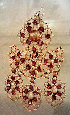 Gold, Pearl And Garnet Pendant - English   c.19th Century Birmingham Jewellery Quarter Museum