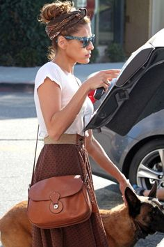 Eva Mendes love the look, great skirt with subtle detail and bit of classic retro vibe