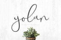 Yolan Unique Font – Pixelify