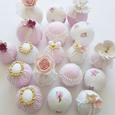 Shabby Cake Balls