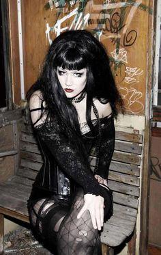 Sexy Goth Girl