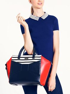 Obsessed with this bag. Would match all of my KU stuff <3