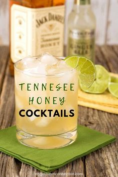 Tennessee Honey Cocktails Smooth-drinking and mildly sweet, Jack Daniel's Tennessee Honey is a blend of Old Tennessee Whiskey and a proprietary honey liqueur. Try one of the these easy cocktails for your next party! Beste Cocktails, Easy Cocktails, Cocktail Drinks, Fun Drinks, Yummy Drinks, Alcoholic Drinks, Vodka Cocktails, Easy Whiskey Cocktails, Popular Cocktails