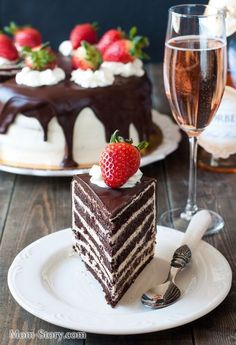 recipe for a damp chocolate cake Russian Cakes, Russian Desserts, Russian Recipes, Sweet Desserts, Sweet Recipes, Delicious Desserts, Yummy Food, Baking Recipes, Cake Recipes