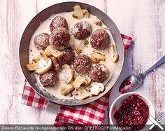 Köttbullar mit Champignon-Rahmsauce, ein sehr schönes Rezept aus der Kategorie Schweden. Bewertungen: 153. Durchschnitt: Ø 4,3.
