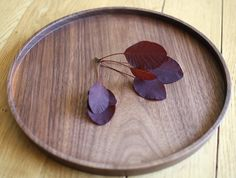 round walnut tray