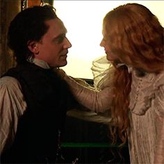 Crimson Peak Behind The Scenes (2015). Tom Hiddleston as Sir Thomas Sharpe and Mia Wasikowska as Edith Cushing