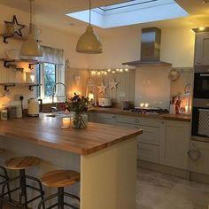 Fantastisch Küche Kochinsel Landhausstil Weiß Oberlichter | Designer | Pinterest |  Kitchens, House And Interiors