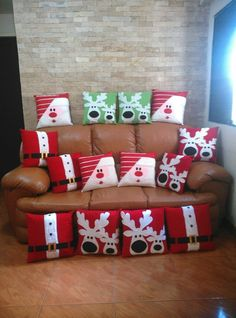 Producto Christmas Quilting Projects, Christmas Sewing, Kids Christmas, Christmas Cushions, Handmade Christmas Decorations, Craft Items, Christmas Stockings, Christmas Crafts, Fabric Christmas Ornaments