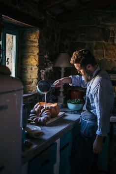 Food photography and styling workshop in beautiful Croatian region of Istria, held by Eva Kosmas Flores! Rustic Food Photography, Cooking Photography, Creative Photography, Chefs, Le Chef, Learn To Cook, Fabulous Foods, Restaurant Recipes, Food Preparation