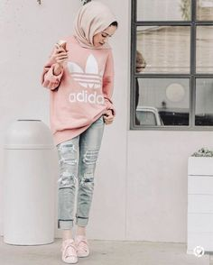 Feb 2020 - Fashion Hijab Outfits Casual Muslim For 2019 Modern Hijab Fashion, Street Hijab Fashion, Hijab Fashion Inspiration, Muslim Fashion, Modest Fashion, Fashion Outfits, Hijab Outfit, Hijab Casual, Outfits Casual