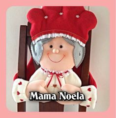 mamá noel para silla Christmas Home, Christmas Crafts, Xmas, Christmas Chair Covers, Pokemon, Creations, Santa, Teddy Bear, Diy Crafts