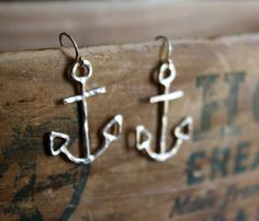 Nautical Sterling Silver Anchor Dangles por RachelPfefferDesigns, $94.00