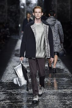Look number 15 from the Fendi men's SS16 collection