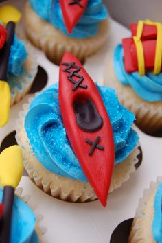 These are awesome!  We don't do cupcakes, but we do one heck of a birthday party!  Inquire at boatinginfo at boatinginboston dot com.