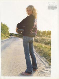 eva_herzigova-photography_terry_richardson-stylist_emanuelle_alt-vogue_paris-november_2002