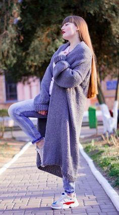 Knitted cardigans, sweaters, handmade bags made of eco by YanaKnitShop Long Cardigan Coat, Oversized Knit Cardigan, Stylish Outfits, Stylish Clothes, Knitted Coat, Cardigans, Sweaters, Alpaca Wool, Knit Fashion
