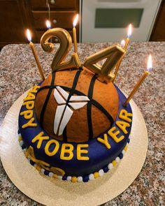 Kobe Bryant Birthday, 24th Birthday Cake, Birthday Ideas, Birthday Parties, Beautiful Birthday Cakes, Number Cakes, Decorating Cakes, Themed Cakes, Cake Ideas