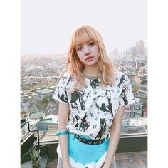 Lisa~ Instagram