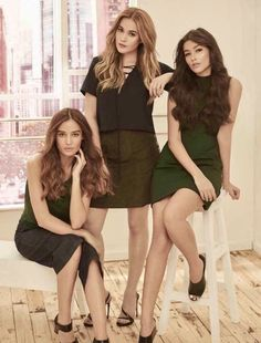 L-R: Kelsey Merritt, Bea Alonzo & Liza Soberano