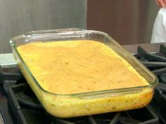 Get Baked Garlic Cheese Grits Recipe from Food Network Ree Drummond, Paula Deen, Jalapeno Cheese Grits Recipe, Jalapeno Recipes, Cajun Recipes, Free Recipes, Korn, Cheese Grits Casserole, How To Cook Grits