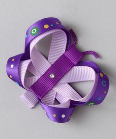 Love the buttefly bow.  I think I could make this one :)
