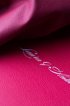 #graphistudio chooses the finest #leathers to dress the books and exalts them with the most innovative printing techniques. #weddingalbum #books #design #inspiration #photography http://www.graphistudio.com/en_US/home