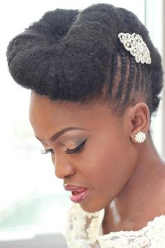Beautiful twist on a classic hairstyle for natural brides #blackwomen #hairstyle
