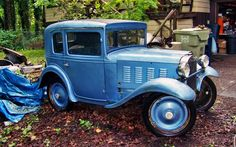At first glance you could easily mistake this 1928 American Austin as a full sized Chevrolet AB or a Ford Model A, but take a closer look at the wheels and overall proportions and you'll notice that this car. Vintage Chevy Trucks, Classic Chevy Trucks, Old Trucks, Vintage Cars, Antique Cars, Austin Cars, Microcar, American Classic Cars, Hot Cars
